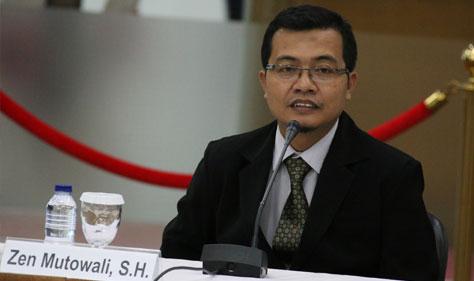 Photo of Calon Hakim ad hoc PHI Zen Mutowali: Ingin Berkontribusi Tegakan Kearifan Lokal di Dunia Peradilan