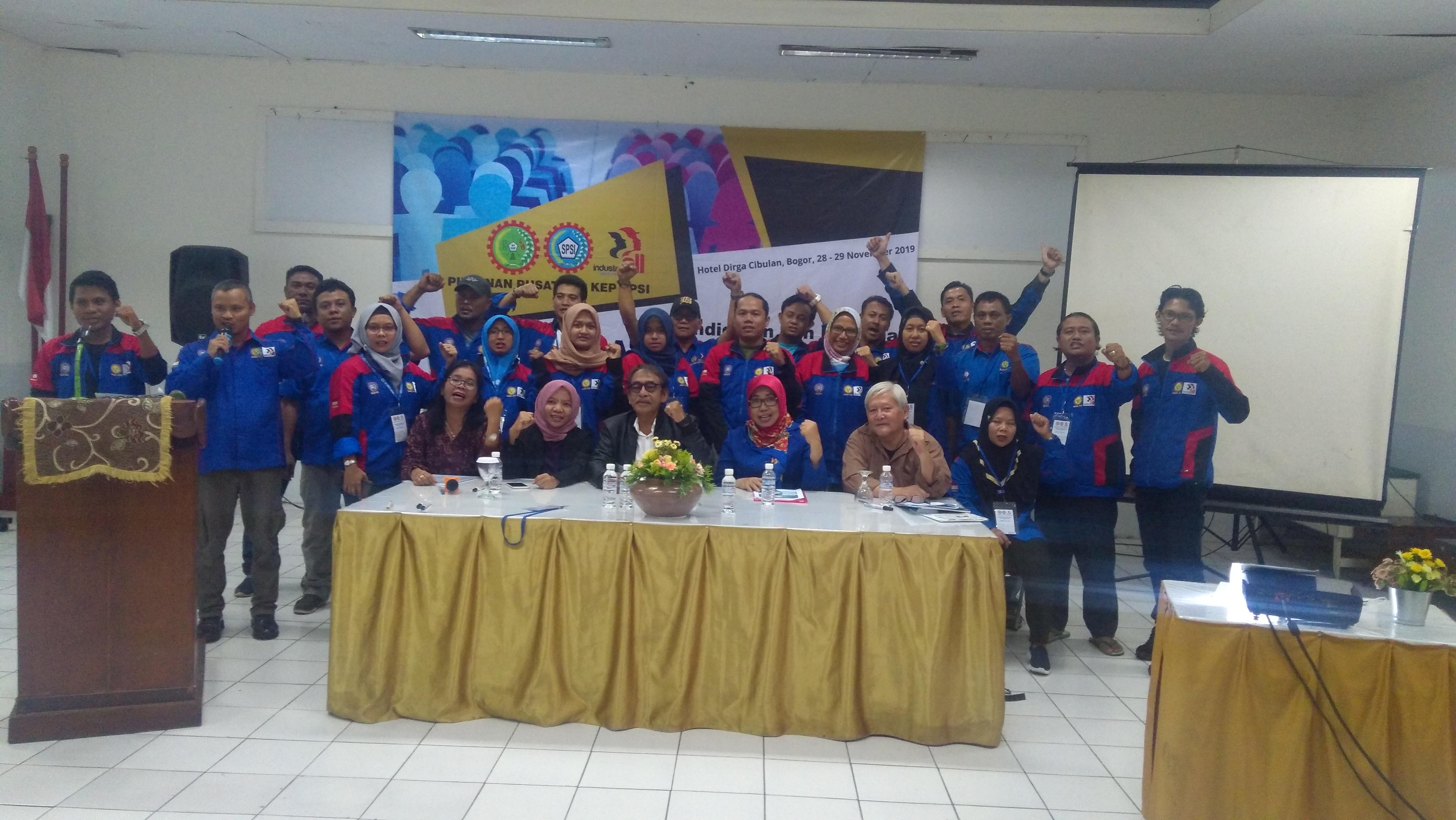 Photo of PP FSP KEP SPSI adakan Pelatihan Kepemimpinan dan Kesetaraan