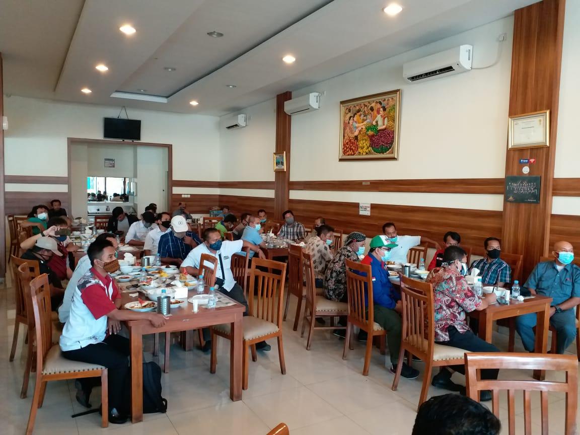 Photo of Perjuangan Serikat Pekerja Tentang UMK 2021 Bekasi